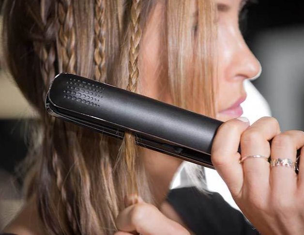 9-ways-to-use-straightening-irons-New-hairstyles-using-ghd-stylers-4